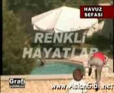 Koca Kafalar - Hülya avşar üstsüz görüntüleri
