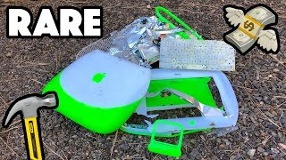 Bored Smashing - iBOOK CLAMSHELL KEYLIME