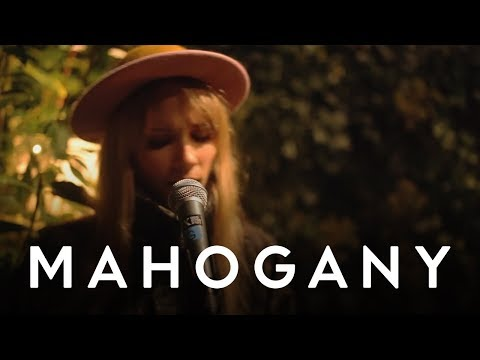 Oh Land - Wolf &amp; I // Mahogany Session