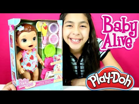 BABY ALIVE DOLL EATS AND POOPS PLAY DOH!! Baby Alive Doll Review|B2cutecupcakes