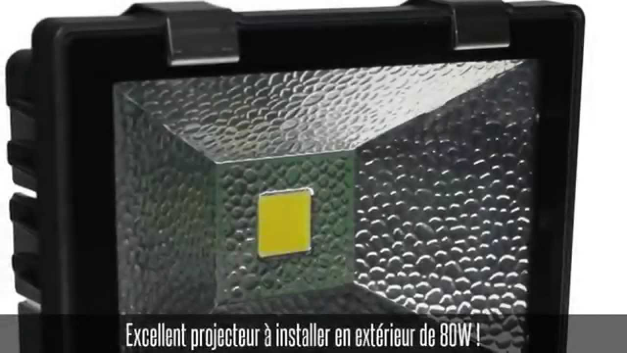 Projecteur led ext rieur ip 65 80w blanc chaud youtube for Projecteur led interieur