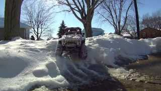 Axial SCX10 in the snow