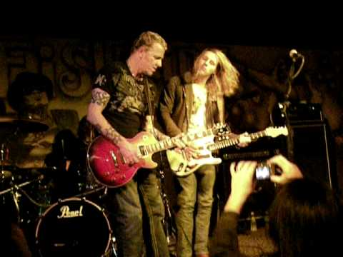 Gary Hoey Live