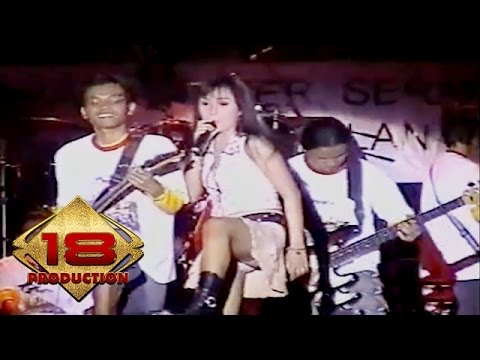 download lagu Dangdut -Tak Jujur Live Konser Kalimantan Barat 12 Mei 2006 gratis