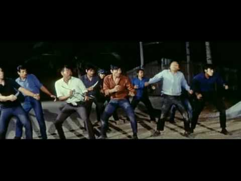 Fight scene - Bruce Lee -The big boss- Ice factory fight