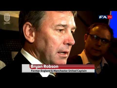 Reaction to Sir Alex Ferguson's retirement from Bryan Robson, John Barnes and David Bernstein