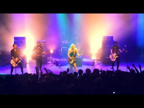Courtney Love / Hole - Skinny Little Bitch (London, 2014/05/11)