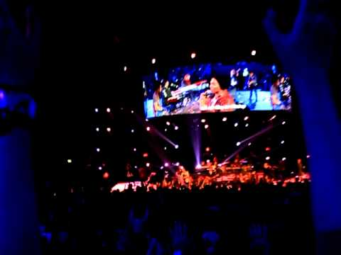 Sidney Mohede, And Israel Houghton Live In Hillsong Conference 2011 - Hosanna video