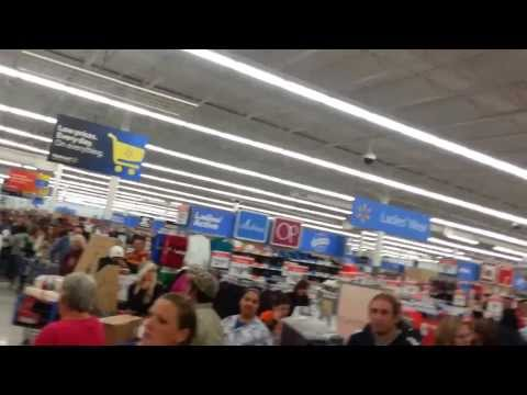 Black Thursday at Wal-Mart in Granbury TX was Crazy