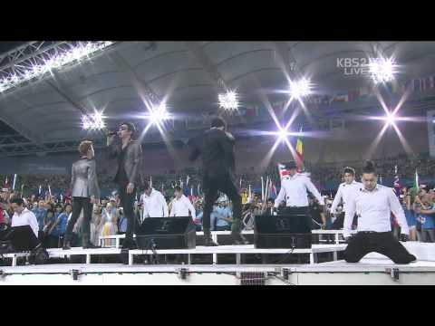 110904 JYJ | Empty | IAAF Track and Field World Championships Daegu 2011 closing ceremony