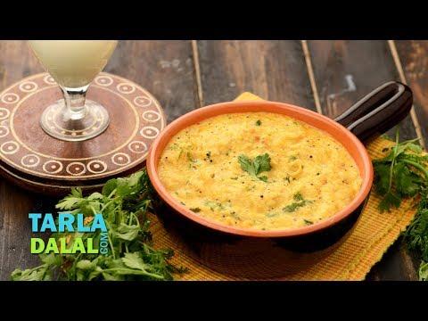 दही वाली रोटी - Dahiwali Roti by Tarla Dalal