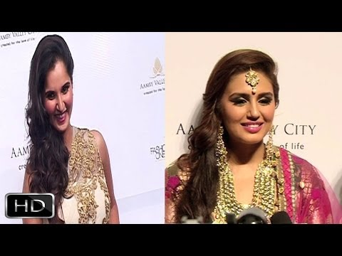 Sania - Huma At Day 4 Of 'Aamby Valley India Bridal Fashion Week 2013'