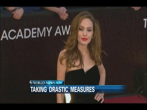 Angelina Jolie Reveals She Had Her Ovaries Removed