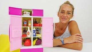 Video mit Spielzeugen! Packe neuen Kühlschrank aus.