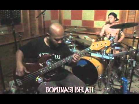 Bonny & Andyan Deadsquad - Dominasi Belati.mp4 video
