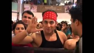 Najeem Khan at Ambience Mall (Ek Tha Tiger Promotion)