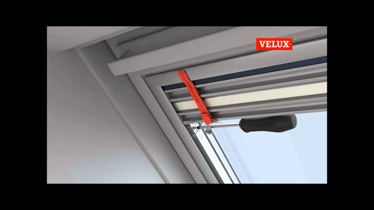 Installazione tenda giorno e notte dfd youtube for Oscurante velux