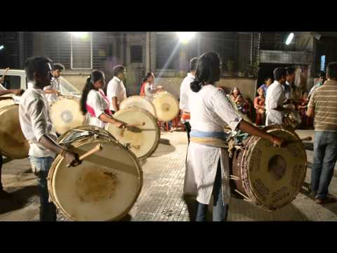 Morya Dhol Tasha Patak Mumbai..... video