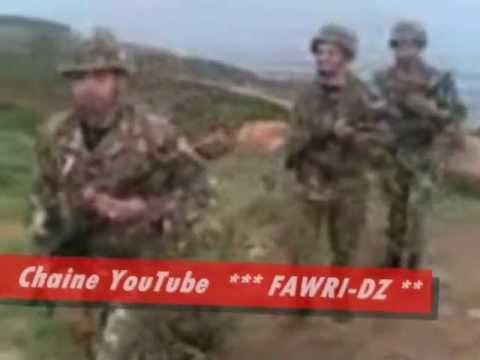 أفراد من الجيش الجزائري يرقصون على أنغام أغنية شاوية thumbnail