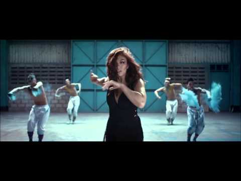 Simpati - Agnes Monica (agnezmo) - Walk (official Video Clip) video