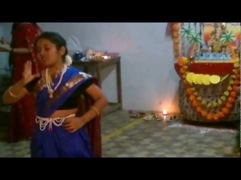 Saee Desai Pune : Ugavali shukrachi chandani From De Dhakka