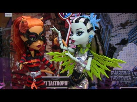 Monster High Cat Tastrophe and Voltageous Power Ghouls Review Video !!! :D!!