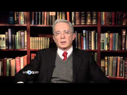 Álvaro Uribe Vélez en entrevista en el programa