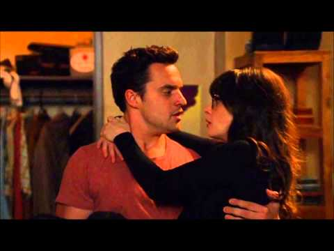 Jess And Nick Kiss New Girl ( Zooey Deschanel, Jake Johnson )