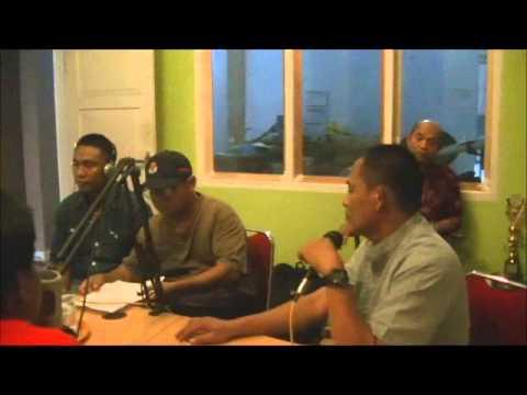 Forum Lingkar Masyarakat Luwu Utara (FAKTA) pandu dialog Live radio Adira Fm