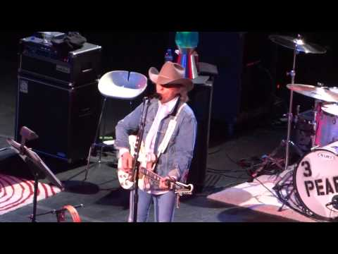 Dwight Yoakam Dim Lights Thick Smoke (and Loud Loud Music)