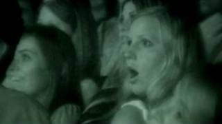 PARANORMAL ACTIVITY_ Le film réaction du public_V.F.flv