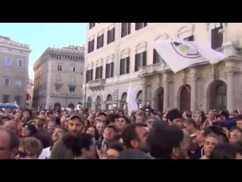 Quirinale, la manifestazione di M5S a Roma