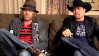 Watch Big & Rich Between Raising Hell And Amazing Grace video