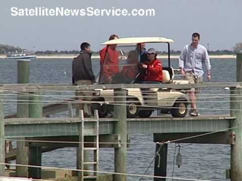 HYANNISPORT, MA- Senator Edward Kennedy and Vicki Kennedy Go Sailing (05-20-09)