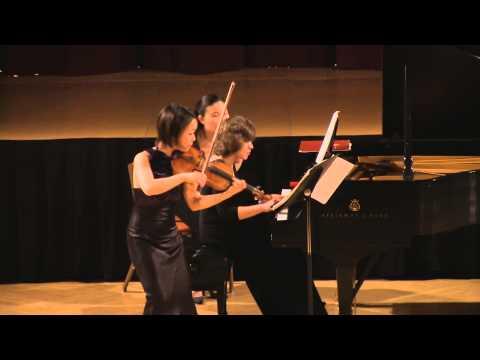 Stravinsky Divertimento.Mari Lee, violin. Dina Vainshtein, piano. In HD (Simon)