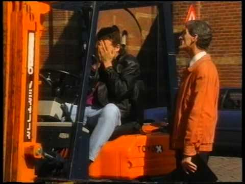 12 Steden, 13 Ongelukken - Alphen ''Knallen'' S05E15 (1994) 1/2