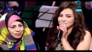كارمن سليمان تغني دويتو روعة مع أمها   Arab Idol