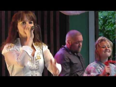 Nina Natri - Hard 2 Beat, Liseberg, 2012