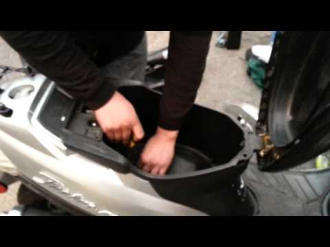 How to adjust the idle on a tao tao 50cc 49cc