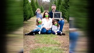 Photographer Defends Family Photo Showing Girls, Mom With Mouths Duct Taped