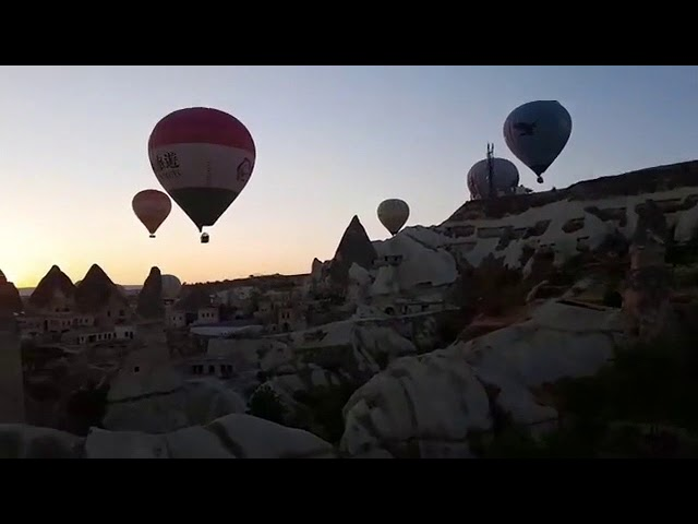 Lindo! Voando nos Balões da Capadócia! - Viagem com Caio. - www.viagemcomcaio.com
