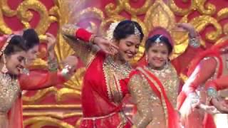 Download Lagu Mrunmayee Deshpande Filmfare 2016 Performance Gratis STAFABAND