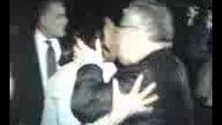ماما جلال في عناق حار مع عمة كوندليزة بوس حار قمة العمالة