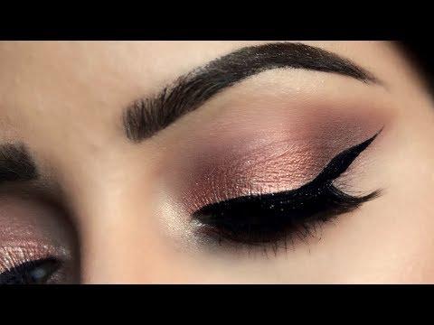 How to Apply Eyeshadow Step By Step For Beginners(HINDI)  Deepti Ghai Sharma