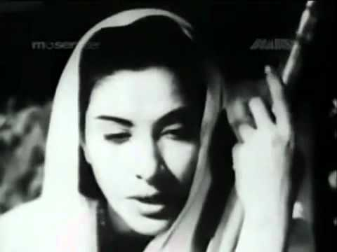 Ghoonghat Ke Pat Khol Re Tohe - Jogan 1950 - Geeta Dutt video