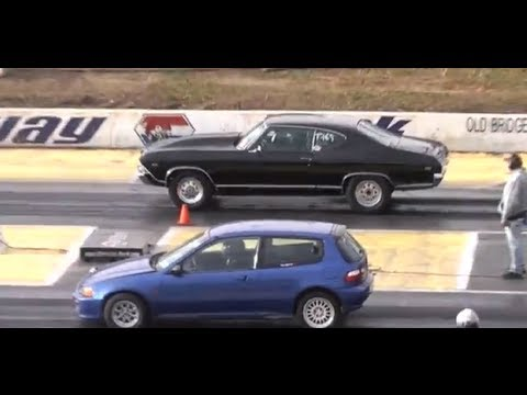 AMERICAN MUSCLE CARS vs. IMPORT CARS RACING THE 1/4 MILE