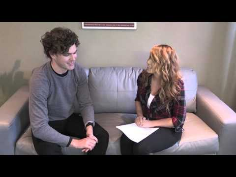 Who Makes Vance Joy Starstruck?