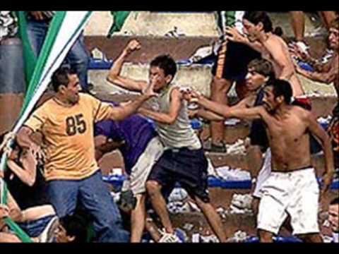 Violência no futebol (T.P.C)