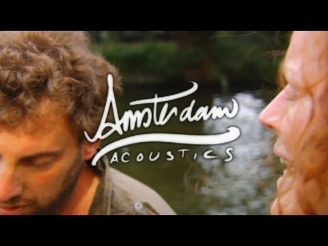 Amsterdam Acoustics - Doghouse Roses : The Thunder Of The Dawn