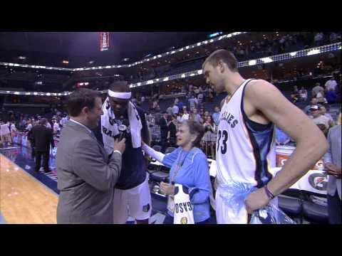 Gasol and Randolph Pay Tribute to Longtime Grizzlies Fan